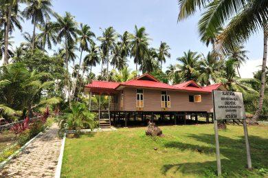 Rumah Adat Melayu Kepulauan